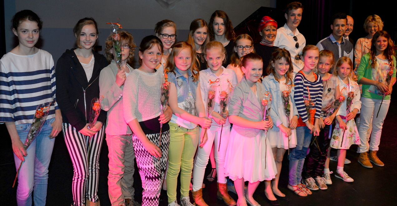 leerlingen op de podim 2014 concert het musiater